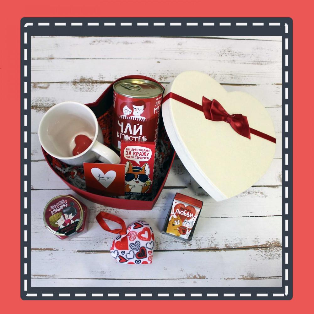 Идеи подарка девушке на 14 февраля, список оригинальных подарков