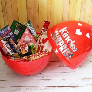 Подарочный набор в Киндер Сюрпризе «Love» для девушки
