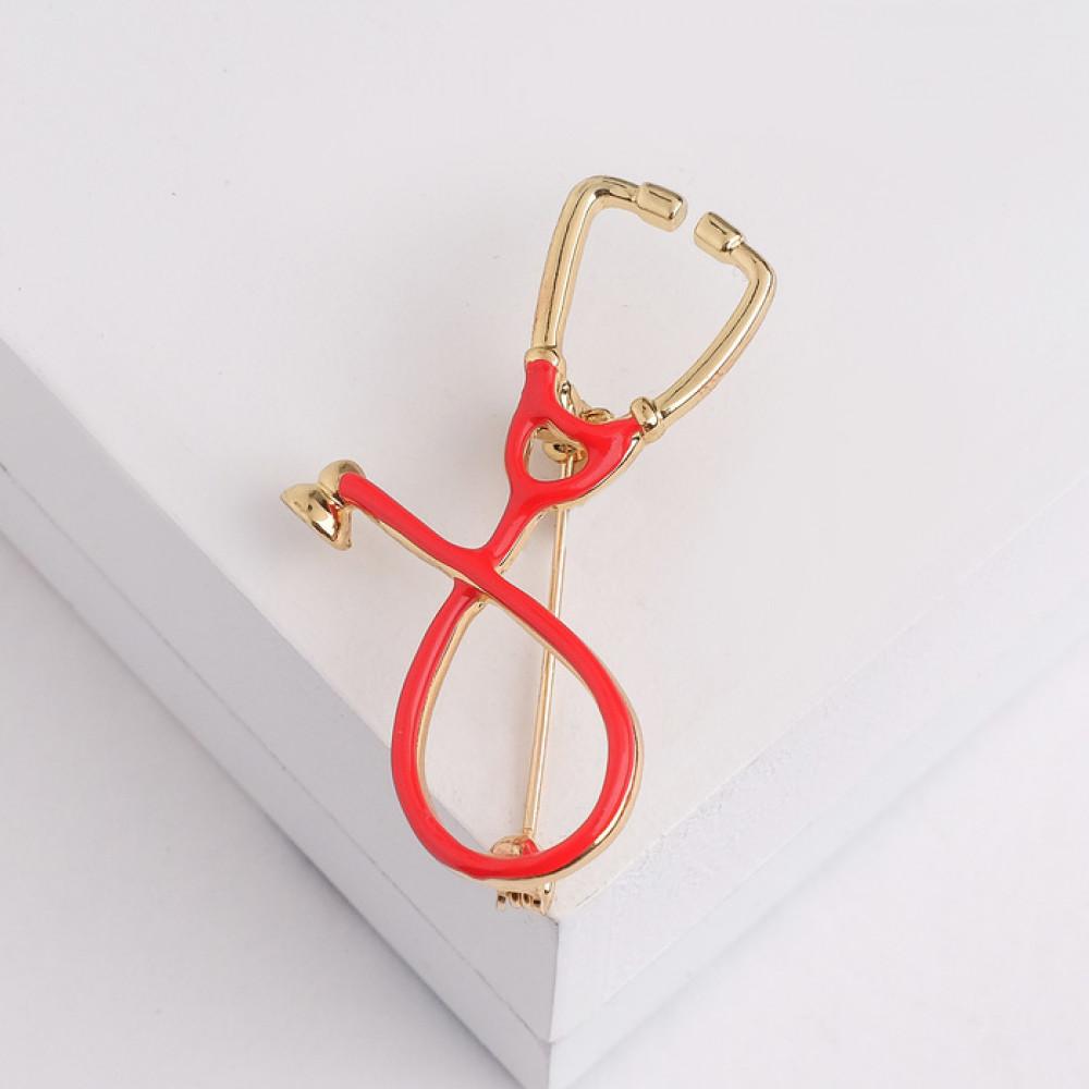 Красная брошь для врача «Стетоскоп»