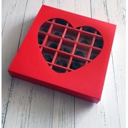 Красная коробка конфет с сердцем 350 г