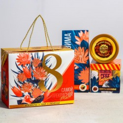 Подарочный набор «8 Марта. Самой прекрасной»: чай, печенье брауни, конфеты